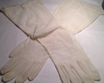 Vintage Ruched Mesh Gloves