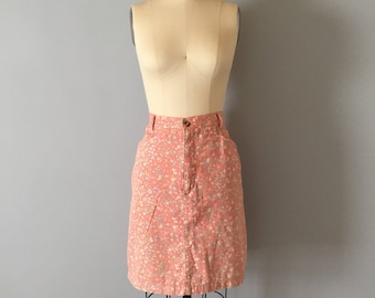 peach pink denim skirt || 1980s floral denim pencil skirt