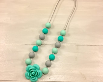 Flower Fidget Necklace, Girl Fidget Necklace, Girl Necklace, Sensory Necklace, Silicone Beads, Chew Beads, Children's Jewelry, Ages 3+