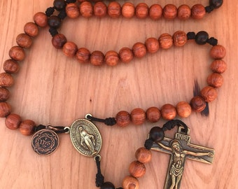 Miraculous Medal Rosary with Holy Family Medal comes with Rosary Pouch