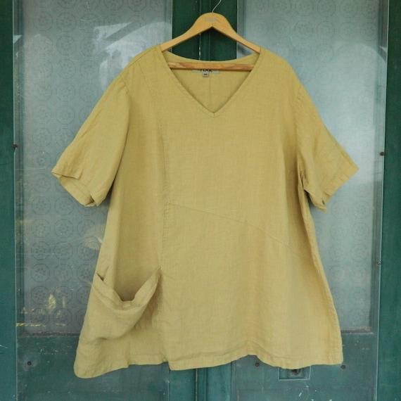 FLAX Engelhart Short-Sleeve V-Neck Top with Pockets  -2G/2X- Honey Gold Linen