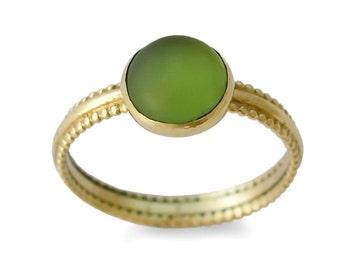 Green stone gold ring, 14K Yellow Gold, Round green quartz ring, Handmade gemstone ring, classic delicate ringVintage engagement ring, Sale