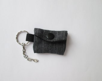 Key chain mini purse gray for lunch money