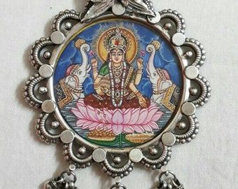 Handmade Hand Painted Miniature Painting 92.5 Sterling Silver Hindu  Goddess of Prosperity and wealth Maa Lakshmi glass framed Necklace