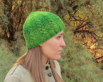 Handspun, Handknit Wool Hat. Green Cabled and Seeded Cap. OOAK.