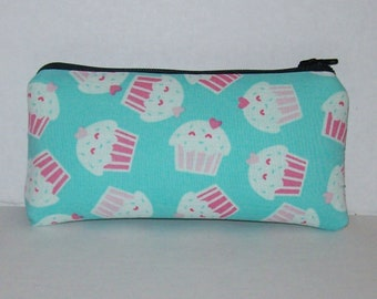 """Pipe Pouch, Sweetheart Cupcake, Cute Pouch, Glass Pipes, Pipe Case, Pipe Bag, Zipper Bag, Stoner Gifts, 420, Smoke Accessory - 5.5"""" SMALL"""