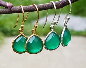 Sterling Silver 18k Gold plated Vermeil Wire Drop Dangle Earrings with Faceted Green Onyx