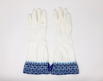 Coastal Chic White Latex Free Cleaning Gloves. Size Small, Medium and Large. Nautical Tie Dye Kitchen Dishwashing Gloves. Housewarming Gift.