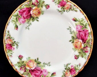 Royal Albert Old Country Roses Classic Pair of Bread & Butter Plates Mint Cond