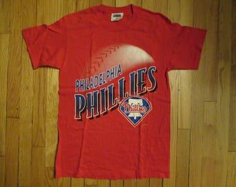 Rare Vintage 1996 Philadelphia Phillies MLB Baseball T-Shirt Red Size Medium