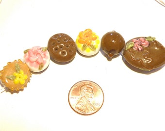 40% OFF --  Set of Six (6) Chocolate Candy Cake Cookie Truffle Sweets Lampwork Beads - Lot UU
