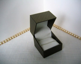 RING JEWELRY BOX Taupe Gift Box for Jewelry Display, Storage, Gift,  Proposal, Wedding or Anniversary