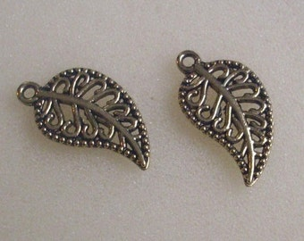5 pendant/charms leaves 18 x 10 mm gold
