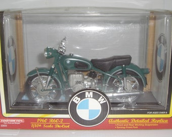 NEW Old Stock 1997 Tootsie Toys 1960 BMW R60-2 1/10 Scale Die-Cast Motorcycle