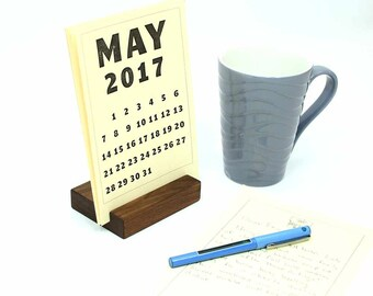 Wood Block Desk Calendar Stand, 5x7 Calendar Holder, Wooden Desk Calendar, 2017 Calendar, 2018 Calendar,Housewarming Gift