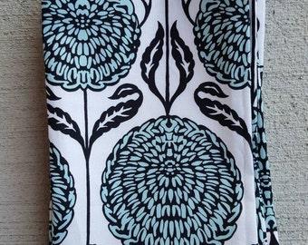 dinner cloth napkins- egg blue chrysanthemum set
