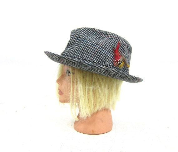 Mens Vintage Tweed DOBBS Fedora Hat with feather 1950s Hipster Mad Men Cool Rockabilly Stage Hat Costume Black and White size 7