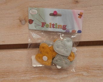 12 felt hearts paste 30 x 37 mm gold/silver