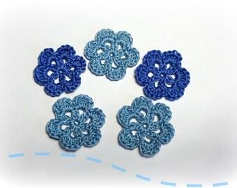 "5 blue flower patterns to crochet 3 cm (1.18 "")"