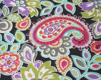 Fabric Remnant, Bright Colored Geometric Floral, 100% Cotton, 42 by 26 inches