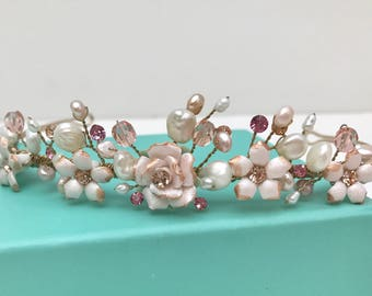 Rosa Porzellan Diadem Kopfschmuck mit Süßwasser Perlen und Kristallen, Braut Kopfschmuck, Krone