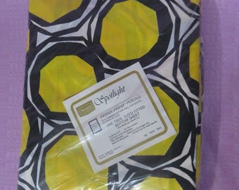 Vintage MOD Sheet POP Retro Black Yellow Art Fitted NOS 60s 70s Twin