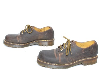 mens size 10 DOC MARTEN brown leather 90s BROGUES 4 eyelets shoes