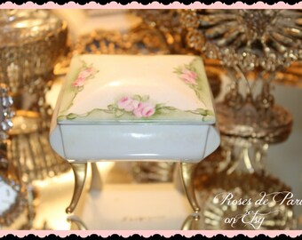vintage footed trinket box    jewelry box   hand painted ROSES   artist signed     jewelry casket