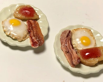 Bacon, Eggs and Toast Breakfast Plates, Two Plates Included, 1:12 Dollhouse Miniature