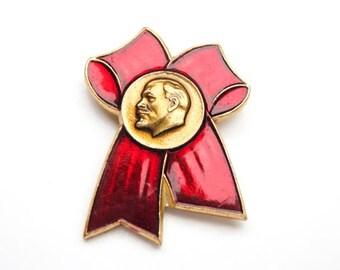 Vintage Soviet Lenin pin soviet Communist propoganda red bow USSR vintage pin badge history Lenin communism rare pins
