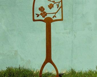 Metal Garden Art Shovel Handle | Bird Garden Decor | Metal Bird Yard Art | Garden Stakes Metal | Shovel Art | Bird Garden Stakes | SH505