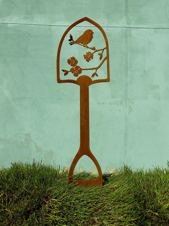 Metal Garden Art Shovel Handle | Bird Garden Decor | Metal Bird Yard ...