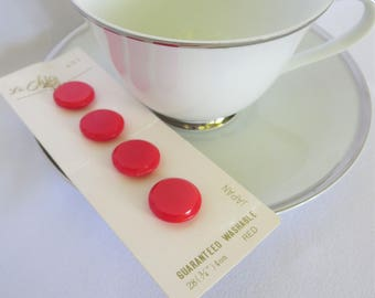 Vintage Red Buttons, Red Buttons, Vintage Buttons, Carded Buttons, Button Card, Vintage, Shank Buttons, Red, Sewing, Vintage Sewing, Le Chic