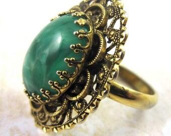 Vintage Peking Glass Cabochon Ring