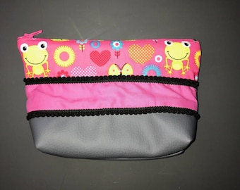 small toiletry bag girl frog pink and gray