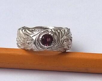 Engagemeht alternanive sterling silver ring. Sapphire.