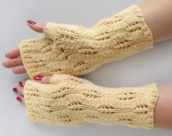 Lace arm warmers, lace yellow merino wool fingerless gloves, lacy wrist warmers, phone plugging fingerless mittens, knitted arm warmers
