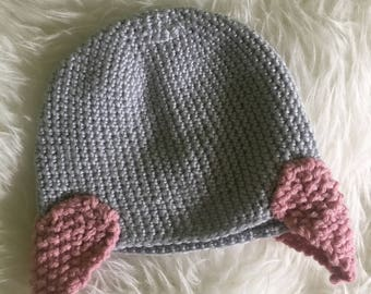 Grey toddler hat with pink hearts 37