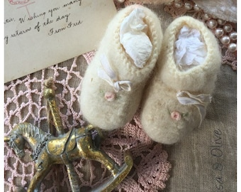 Vintage baby booties Olive Grove Primitives