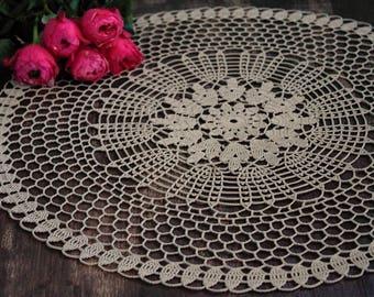 Lace doily, 45 cm