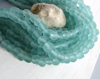 sea green Recycled glass beads  , aquamarine tone ,  uneven round shape , frosted style finish , organic shape  7 to 10mm / 16 beads  6BK6