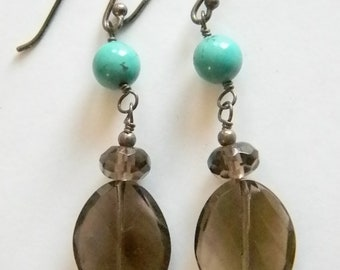 Smokey Gray Glass Dangle Pierced Earrings