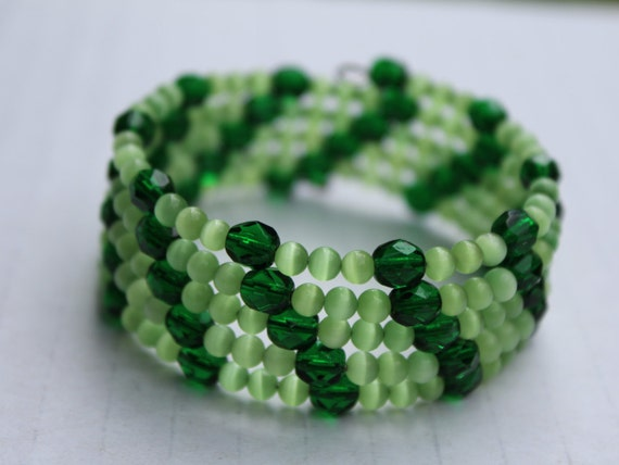 Green Bracelet, Thick Beaded Bracelet, Memory Wire Green Wrap Bracelet, Lime Sherbet