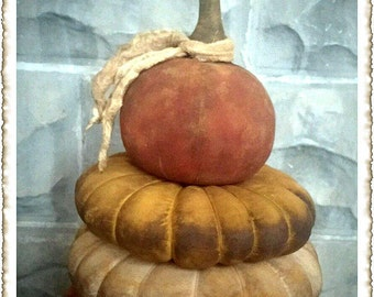 ePattern~Primitive Grungy Porch Pumpkins Sewing Pattern PDF File, Instant Download