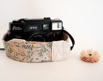 Flower and leaf camera strap, DSLR camera strap, pretty camera strap, photographers gift, Nikon Canon