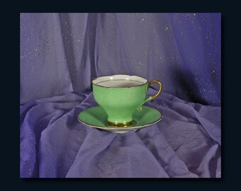 Fine Bone China Cup and Saucer Set by Paragon c. 1933