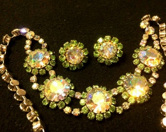 Stunning  green and aurora borealis rhinestone beaded vintage costume statement necklace and matching clip on earrings