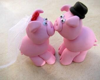 piggy love-wedding cake topper