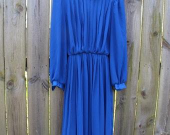 Blue Swirl dress w belt