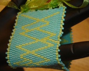Beadwoven Cuff  Directionally Challenged Zig This Way Zag That Way